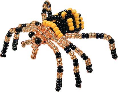 Композиции из бисера в виде паучка могут служить не просто декором, но и брошью или заколкой в ваших волосах.